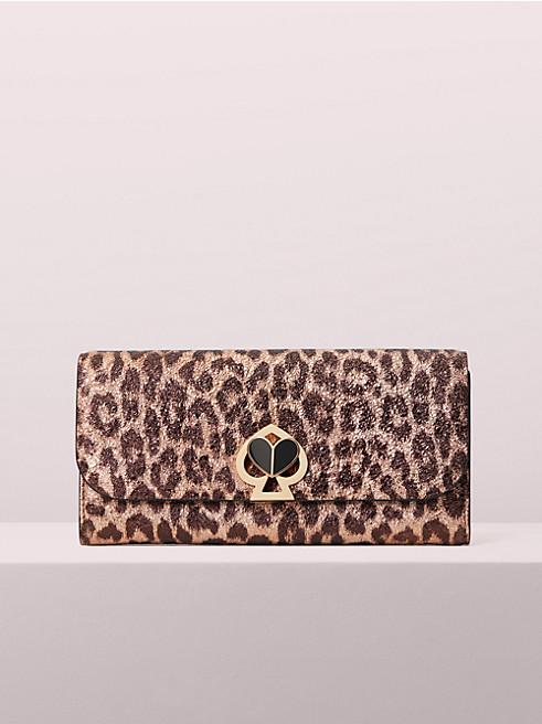 20代女性に似合う「ケイトスペード」の長財布